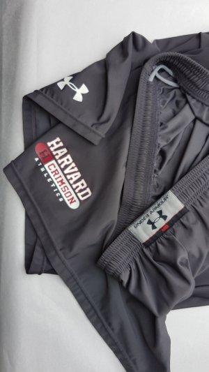 Harvard University Under Armour Basketball Shorts - XL- Sommer Slacker Tagen darf kommen.