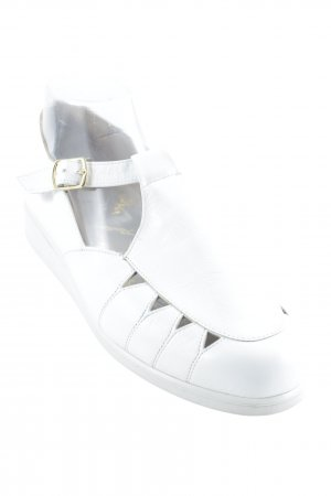 Hassia Mary Janes white casual look