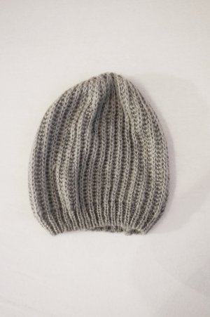 H&M Knitted Hat light grey-grey