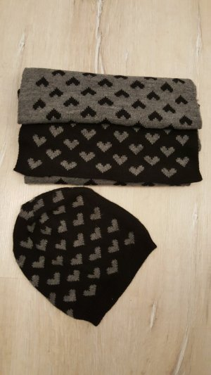 Haube und Schal
