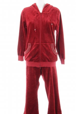 Leisure suit dark red casual look