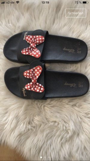Disney House Shoes black-red