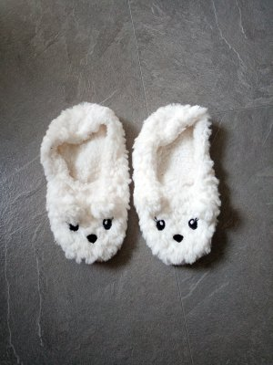 House Shoes white