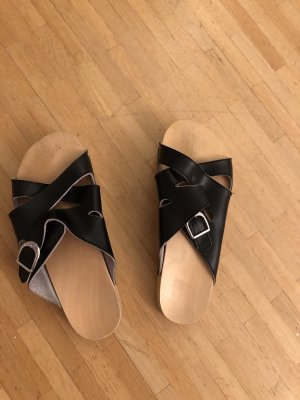 House Shoes black