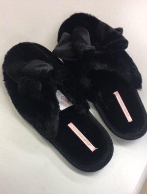 Victoria's Secret Scuffs black