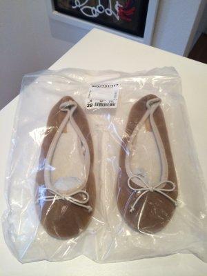 Oysho Zapatillas para casa marrón arena-blanco