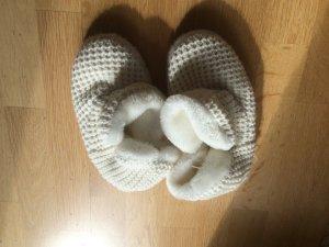 Botas de fieltro blanco piel artificial