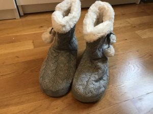 Botas de fieltro blanco-gris