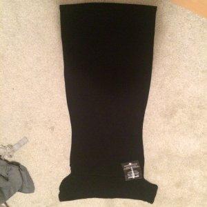 Hautenges Kleid in schwarz von asos