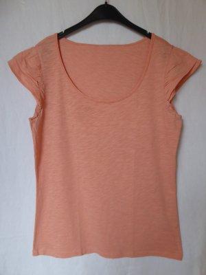 Hautfarbenes T-Shirt mit besonderen Ärmeln von Esprit