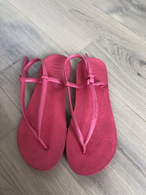 Havaianas Beach Sandals brick red