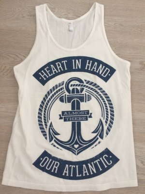 Heart In Hand Tanktop Gr. S