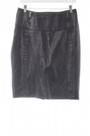 Heine Falda de cuero negro look casual
