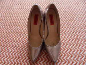 Heiße spitze Heels in Metallic