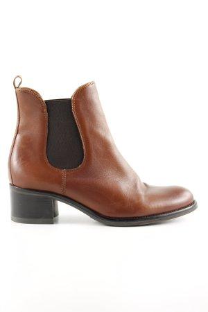 Helen Billkrantz Chelsea Boots brown casual look