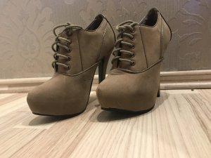 Hell Braune Highlight Heels
