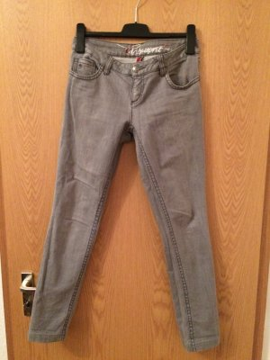 Hell Graue Jeans von edc