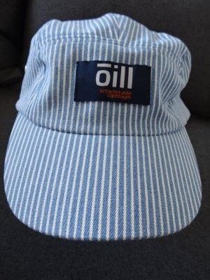 Hellblau-weiss gestreiftes Basecap von Oill