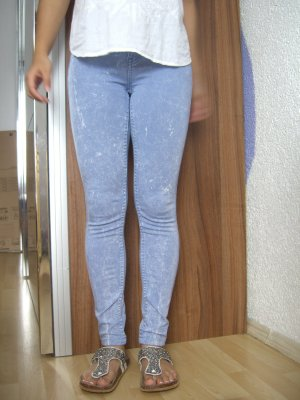 hellblau weiße enge Ankle skinny Jeans
