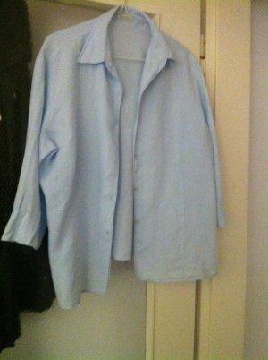 Hellblaue Bluse mit 3/4 Arm