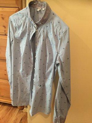 Hellblaue Bluse mit Ankern und gestreift