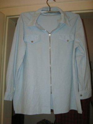 hellblaue Bluse mit Reißverschluss