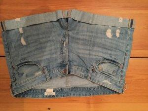 Hellblaue Boyfriend-Jeans-Shorts von H&M, Größe 44