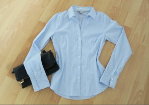hellblaue Businessbluse 36