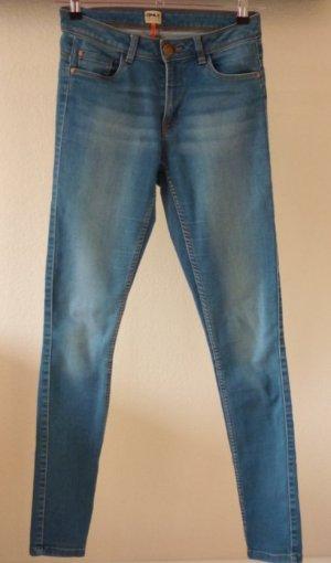 Hellblaue Hose von ONLY, mit Waschung, Größe M, Länge 34