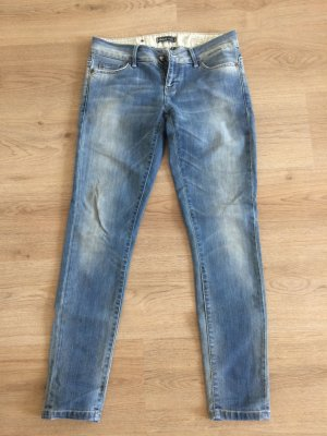 Hellblaue Jeans in Used Optik von Only W29 L30 (Gr. 36/38)