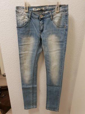hellblaue Jeans von CARS