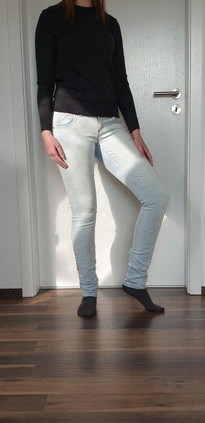 Hellblaue Jeans von LTB