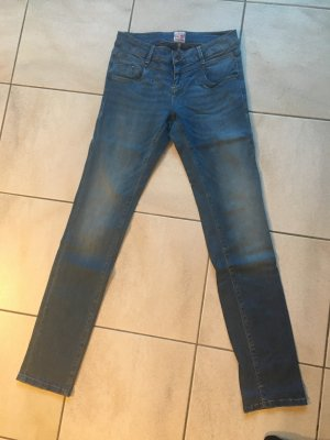 Hellblaue Jeans von M.O.D