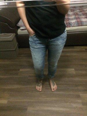 Hellblaue Jeans von Please