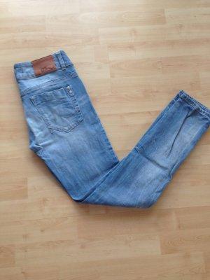 Hellblaue Jeanshose von LTB