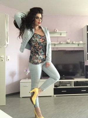 hellblaue jeansjacke neuwertig