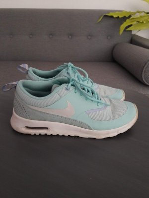 Hellblaue Nike Air Max Thea Sneakers