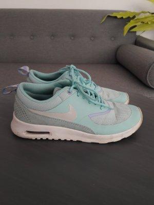 Hellblaue Nike Air Max Thea Sneakers