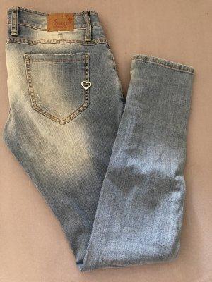 Hellblaue Please Jeans
