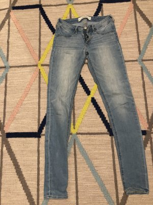 Abercrombie & Fitch Skinny Jeans light blue