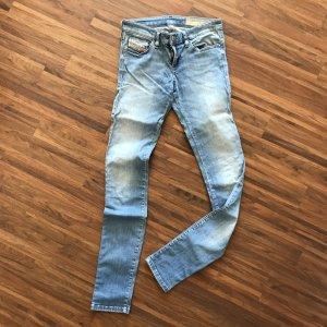 Hellblaue Skinny-jeans von DIESEL