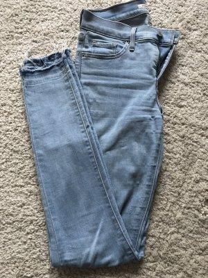 Levi's Vaquero elásticos azul claro