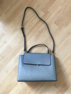 Hellblaue Tasche von Mango