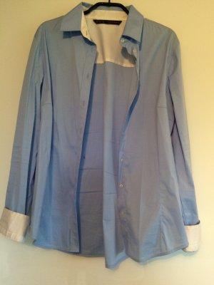 Hellblaue Zara-Bluse