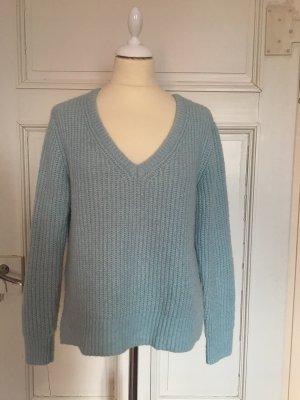 Hellblauer oversized Pullover
