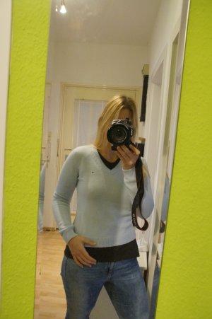 **Hellblauer Pullover Tommy Hilfiger Größe S**
