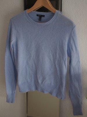 Hellblauer Pullover von Mango
