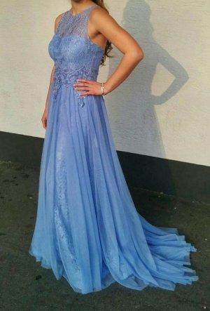 Hellblaues Abendkleid