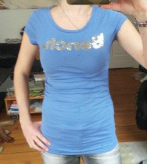 Hellblaues Bench Shirt mit silbernen Pailletten