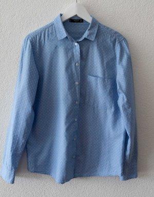 Hellblaues Hemd von Mango
